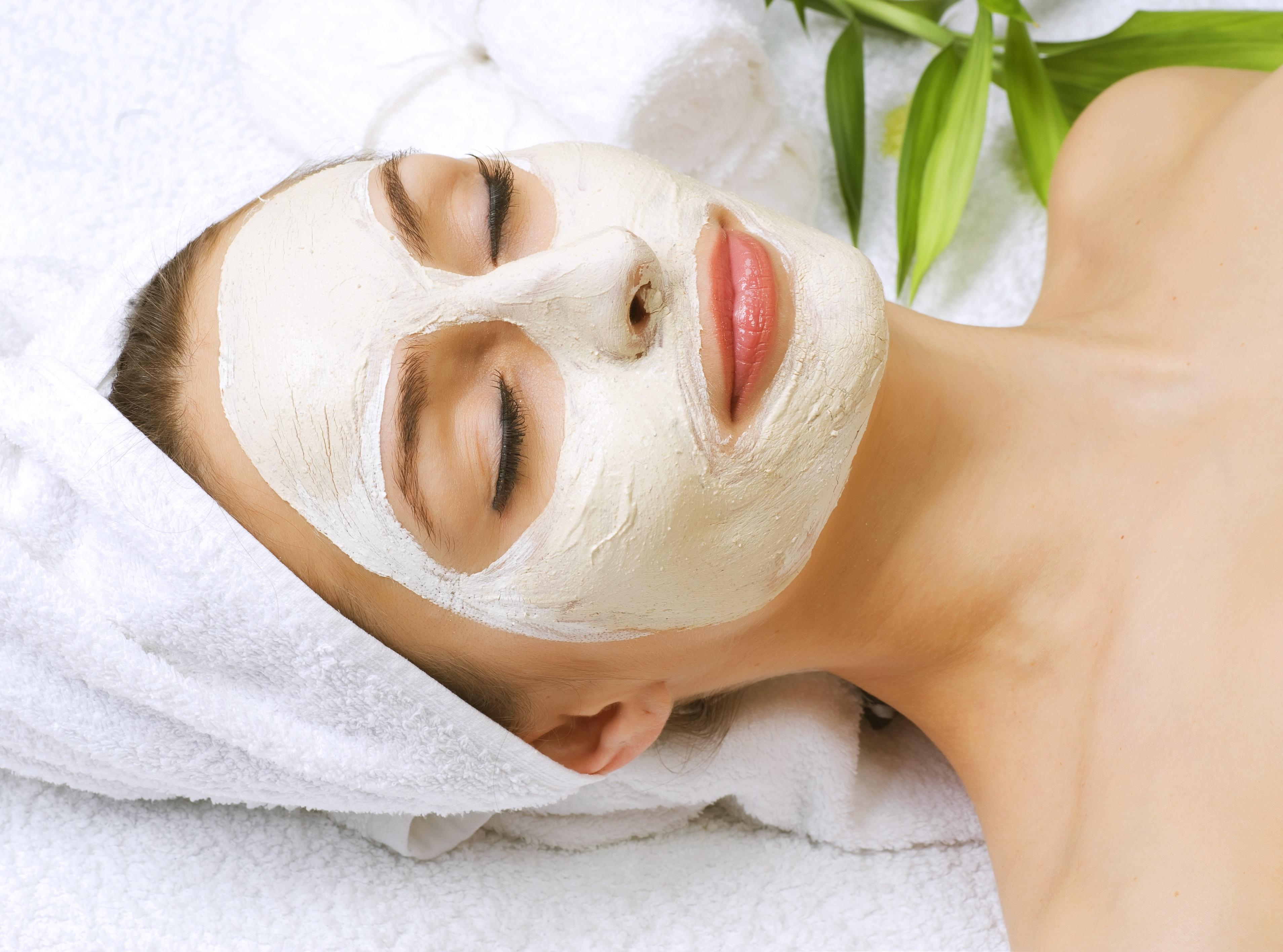 PunjabKesari, Sandalwood Face Pack Image, Shahnaz Husain Beauty Tips Image
