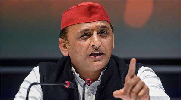 akhilesh s taunt on bjp over rising fuel prices amount is decreasing