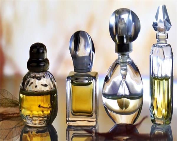 PunjabKesari,  Office Upay of perfume, इत्र, परफ्यूम