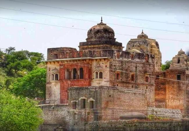 PunjabKesari, Katas Raj Temple, Pakistan Temple, कटासराज मंदिर