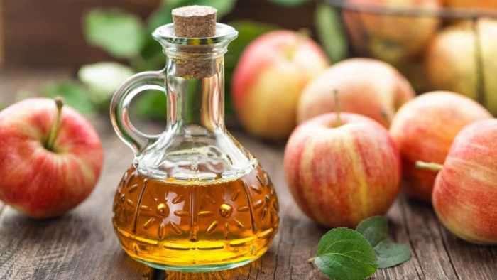 PunjabKesari,Nari,Apple, Remove Wax, KItchen Tips in hindi