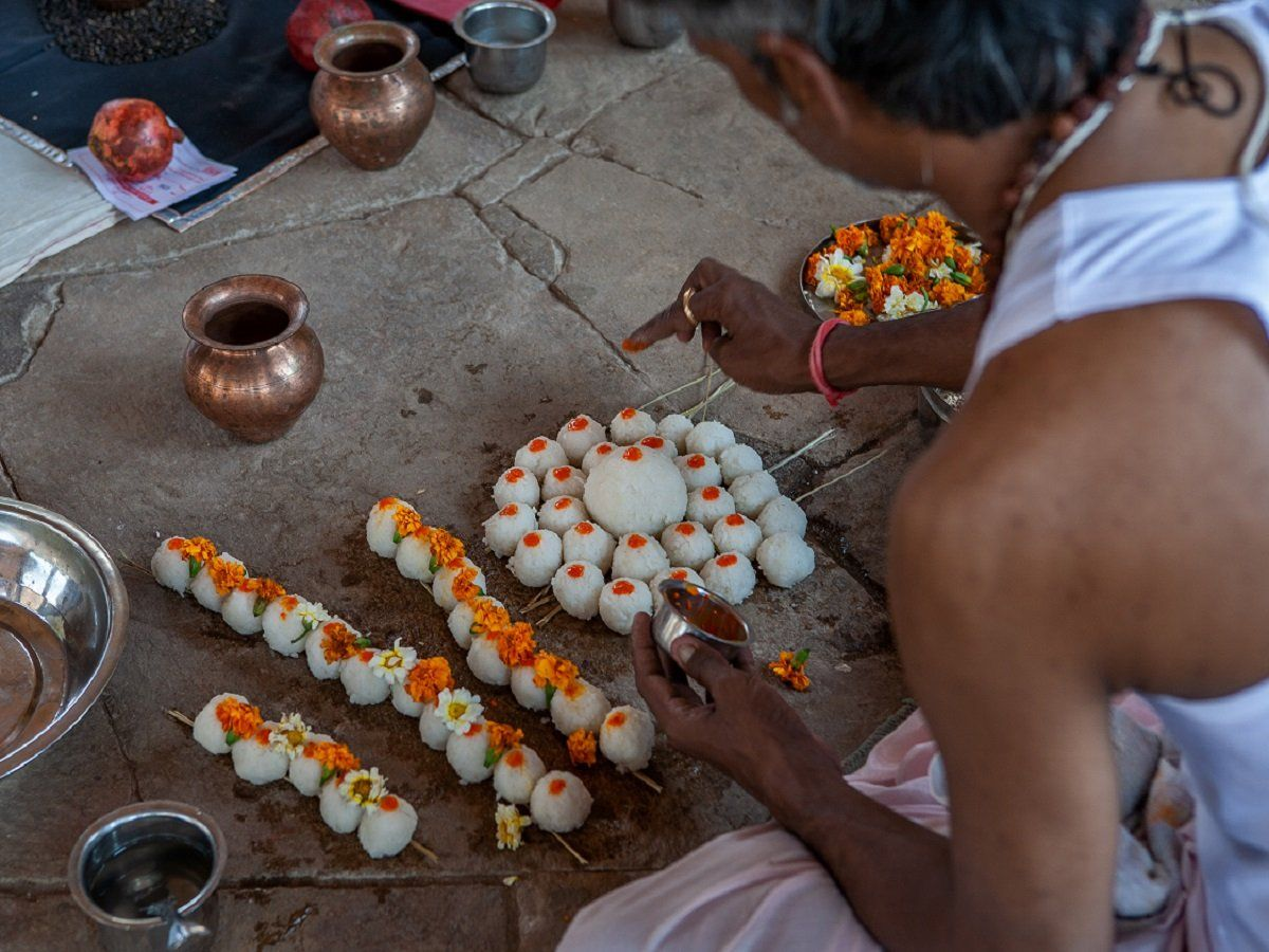 PunjabKesari, Pitru paksha 2020, Pitru paksha, Shradh, Shradh Paksha, Shopping in Pitru Paksha, Auspicious Works in Pitru Paksha, Hindu Vrat or tyohar, Hindu Festival, Pitru Paksha Shradh, Hindu Dharm, Religious Concept