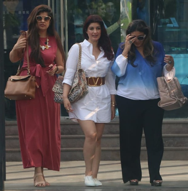 Bollywood Tadka, Twinkle Khanna Images
