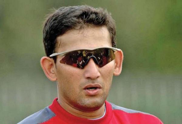 Ajit Agarkar, ये भारतीय क्रिकेटर बोला- अच्छा हुआ धोनी को टी20 से बाहर कर दिया