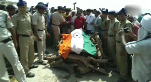 martyr of anantnag mahesh kushwaha last rites in gazipur