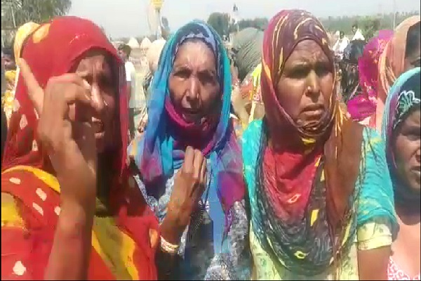 PunjabKesari, haryana hindi news, tohana hindi news, fatehabad hindi news, missing child, protest