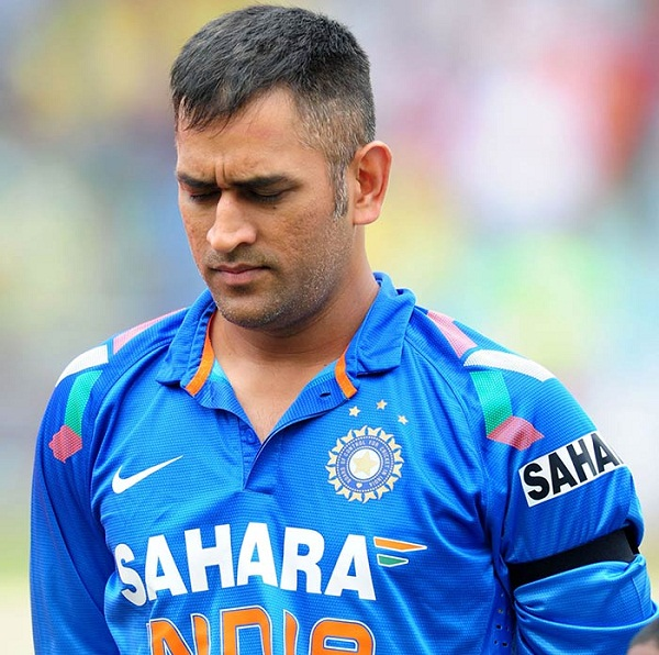 MS Dhoni out from Gavaskar t20 playing XI of Team india