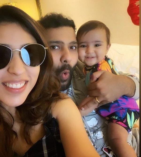 PunjabKesari, rohit sharma family photo, rohit sharma wife photo, ritika sajdeh photo, samaira sharma