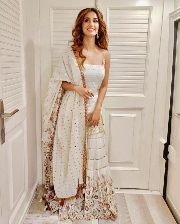 Bollywood Tadka,Disha Patani image, Disha Patani photo, Disha Patani pictures,