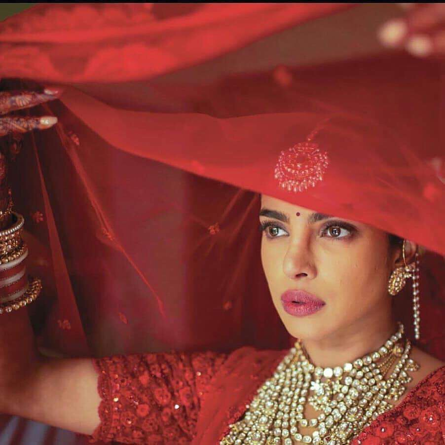 PunjabKesari, priyanka chopra wedding jewellery