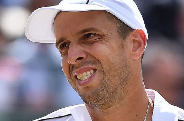 it will take one year to djokovic to get his form right back : Muller