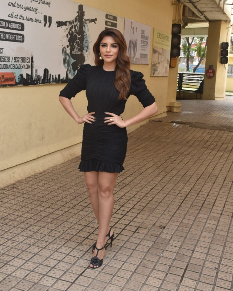 Bollywood Tadka,shama sikander image, shama sikander photo, shama sikander pictures
