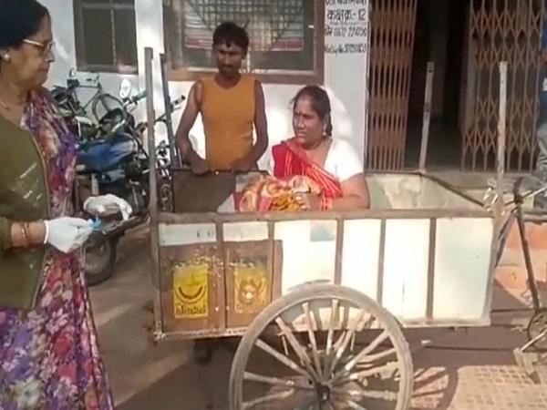 PunjabKesari, Madhya Pradesh, Satna, hospital, garbage car, child born, child died