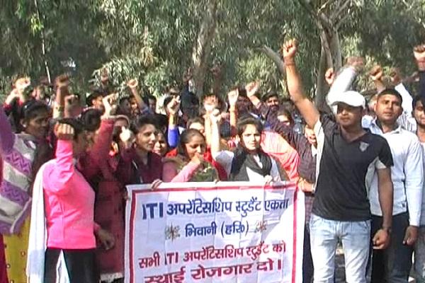 PunjabKesari, Youth, Unemployment, Prentice