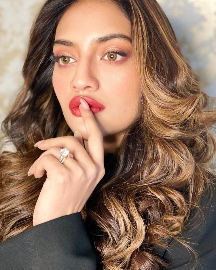 Bollywood Tadka,nusrat jahan image, nusrat jahan photo,nusrat jahan pictures,