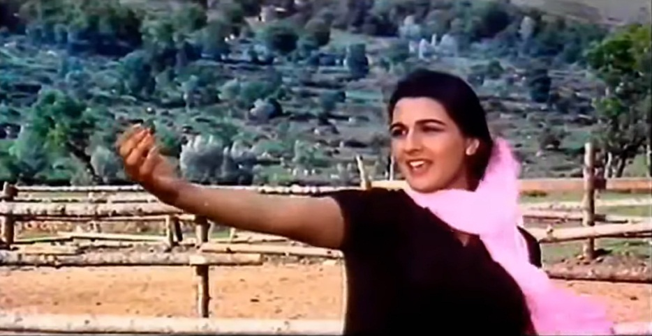 PunjabKesari,सारा अली खान इमेज, अमृता सिंह इमेज, सिंबा इमेज, बेताब इमेज, आंख मारे इमेज, जब हम जवां होंगे इमेज,