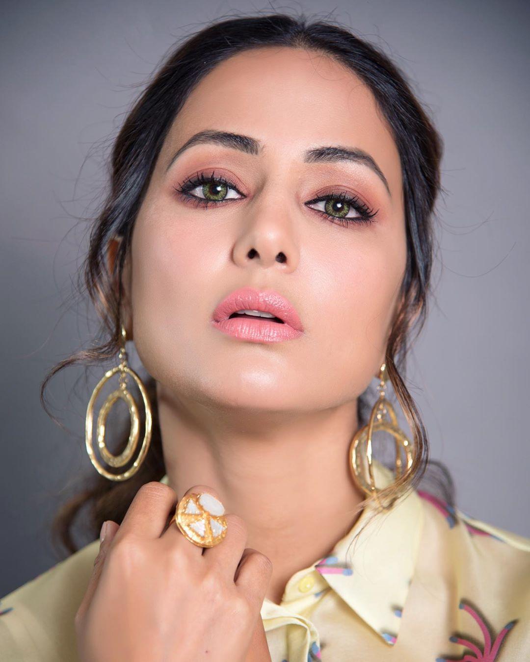 Bollywood Tadka, हिना खान इमेज, हिना खान फोटो, हिना खान पिक्चर,