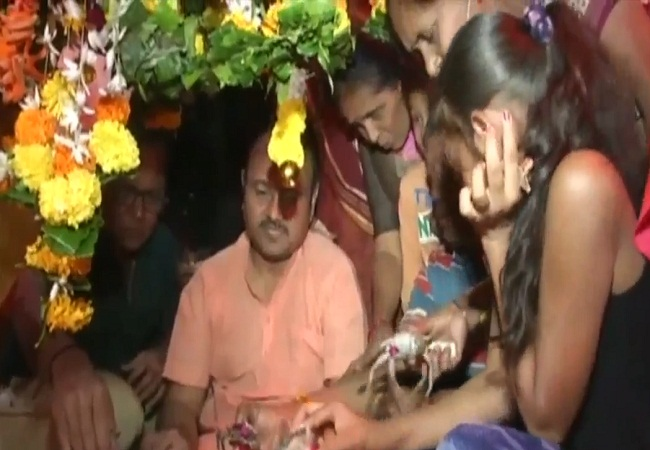 PunjabKesari,  Ramnath shiv ghela temple, Surat Gujarat\
