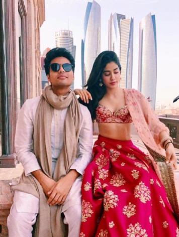 Bollywood Tadka, Janhvi Kapoor With Akshat Ranjan