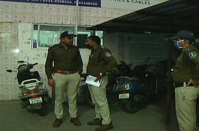 PunjabKesari, Ujjain, Indore police, case registered, rape case registered, police constable, rape