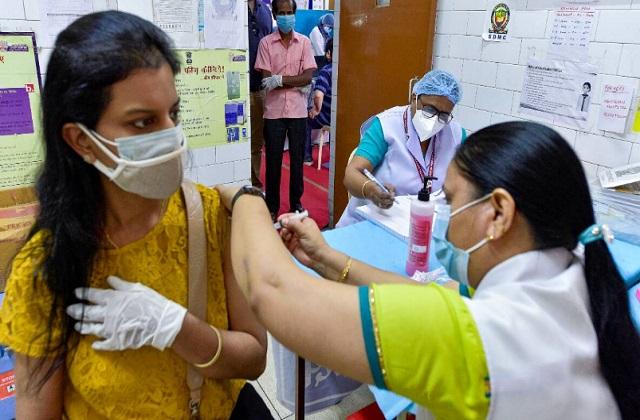 PM मोदी के जन्मदिन पर वैक्सीनेशन का रिकॉर्ड, सिर्फ 6 घंटे में दी गई 1 करोड़  डोज - national news punjab kesari delhi narendra modi vaccine bjp