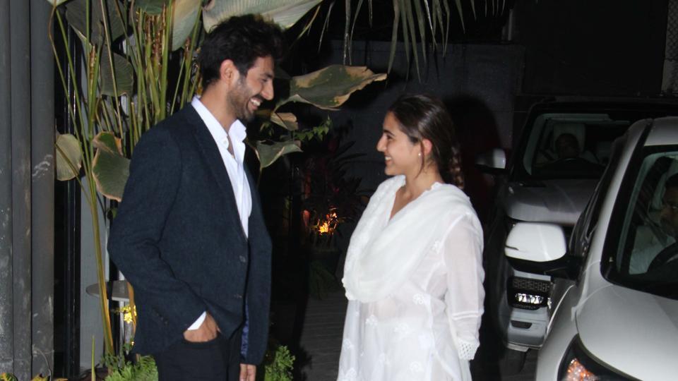 Bollywood Tadka, Love Aaj Kal First Look