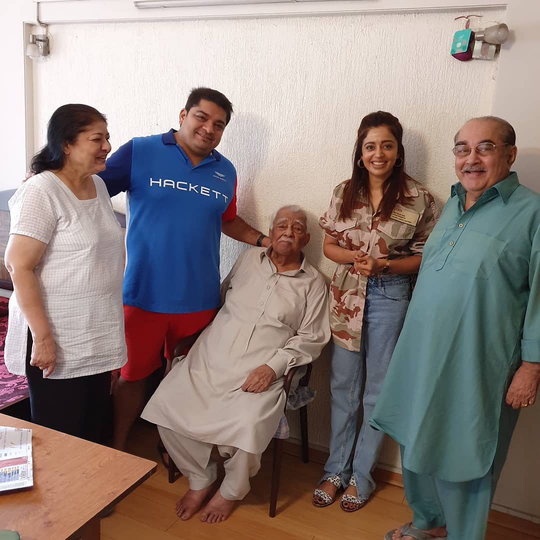 Bollywood Tadka , नेहा पेंडसे इमेज, नेहा पेंडसे फोटो, नेहा पेंडसे पिक्चर