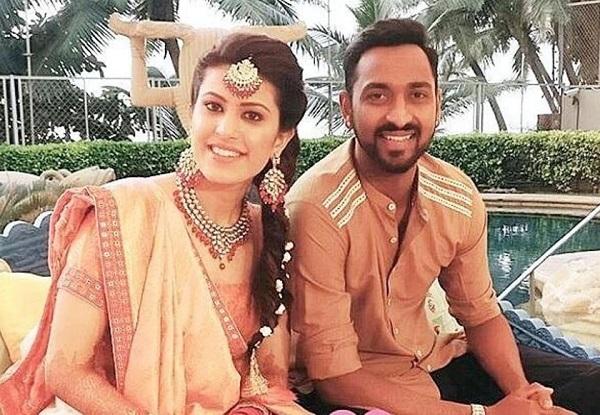 Krunal Pandya, इन भारतीय क्रिकेटरों की पत्नियों का है पहला करवाचाैथ