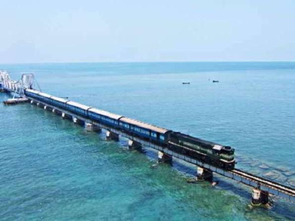 PunjabKesari, Dibrugarh to Kanyakumari, Vivek Express, India's longest distance train, Himsagar Express, Kanyakumari, Indian Railways