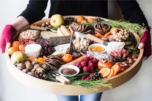 Winter Special: सर्दियों में लें चॉकलेट और चीज Platter का मजा