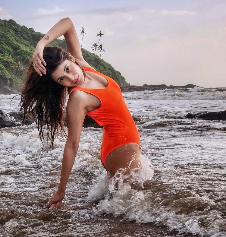 Bollywood Tadka,Shamin Mannan images, Shamin Mannan photo,Shamin Mannan Pictures