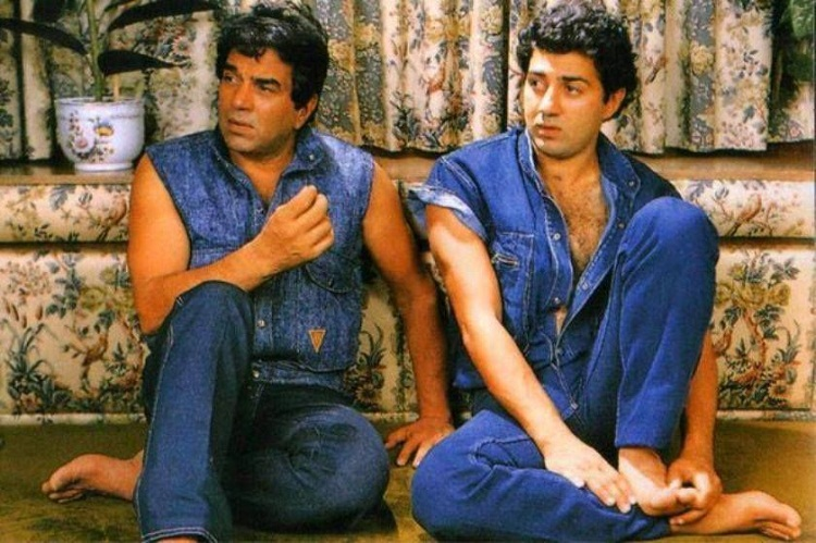 Bollywood Tadka, Dharmendra Images