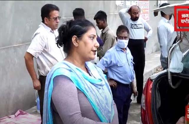 PunjabKesari, this woman from Jalandhar convert the car as dhaba