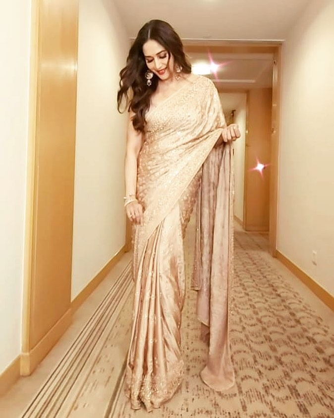 Bollywood Tadka,madhuri dixit image, madhuri dixit photo, madhuri dixit picture