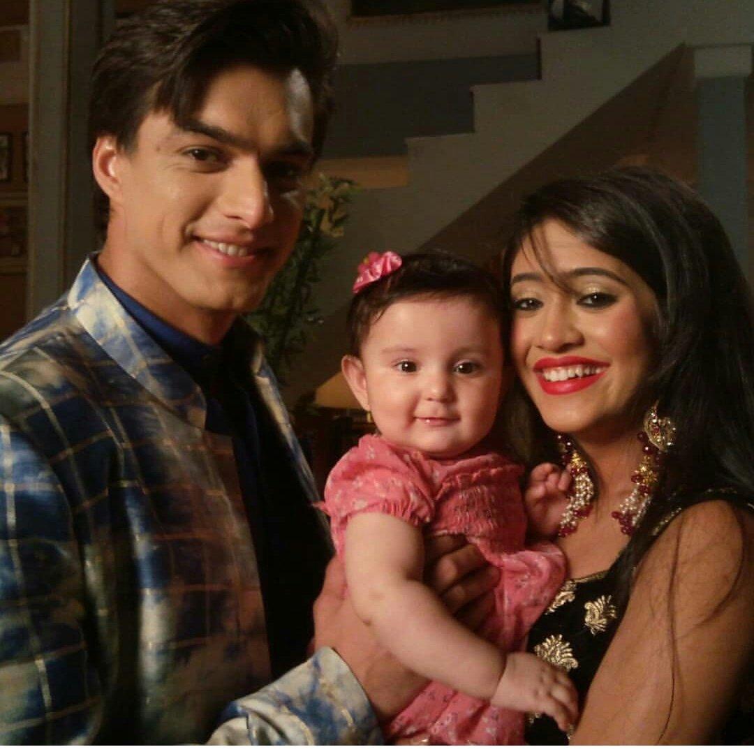Bollywood Tadka,कार्तिक गोयंका तस्वीर , नायरा गोयंका तस्वीर, ये रिश्ता क्या कहलाता है इमेज, बेबी इमेज,