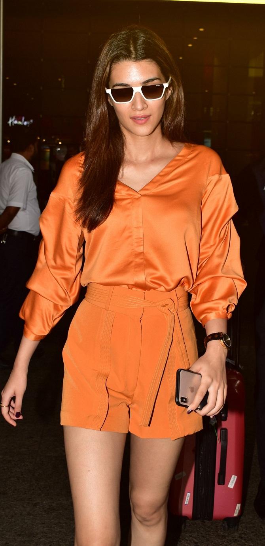 Bollywood Tadka,Kriti Sanon photo,kriti sanon images,kriti sanon photos hd,kriti sanon picture,कृति सेनन इमेज
