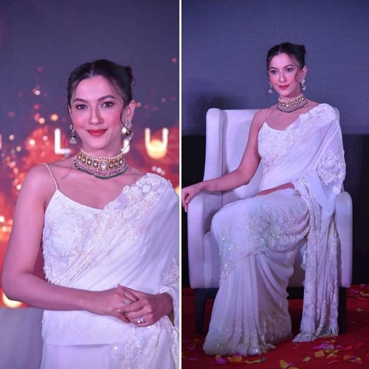 गौहर खान के व्हाइट साड़ी लुक ने लूटी महफिल,लो-कट ब्लाउज ने बढ़ाईं फैंस के दिलों की धड़कनें - gauhar khan looks beautiful in white chikankari saree -mobile
