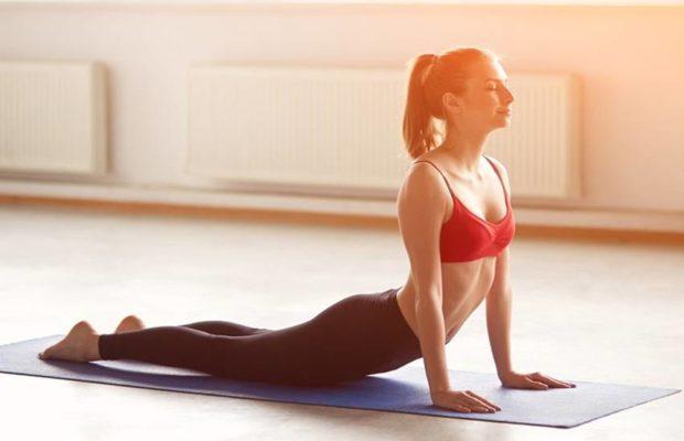 PunjabKesari, भुजंगासन इमेज, Sara Ali khan Weight Loss Tips