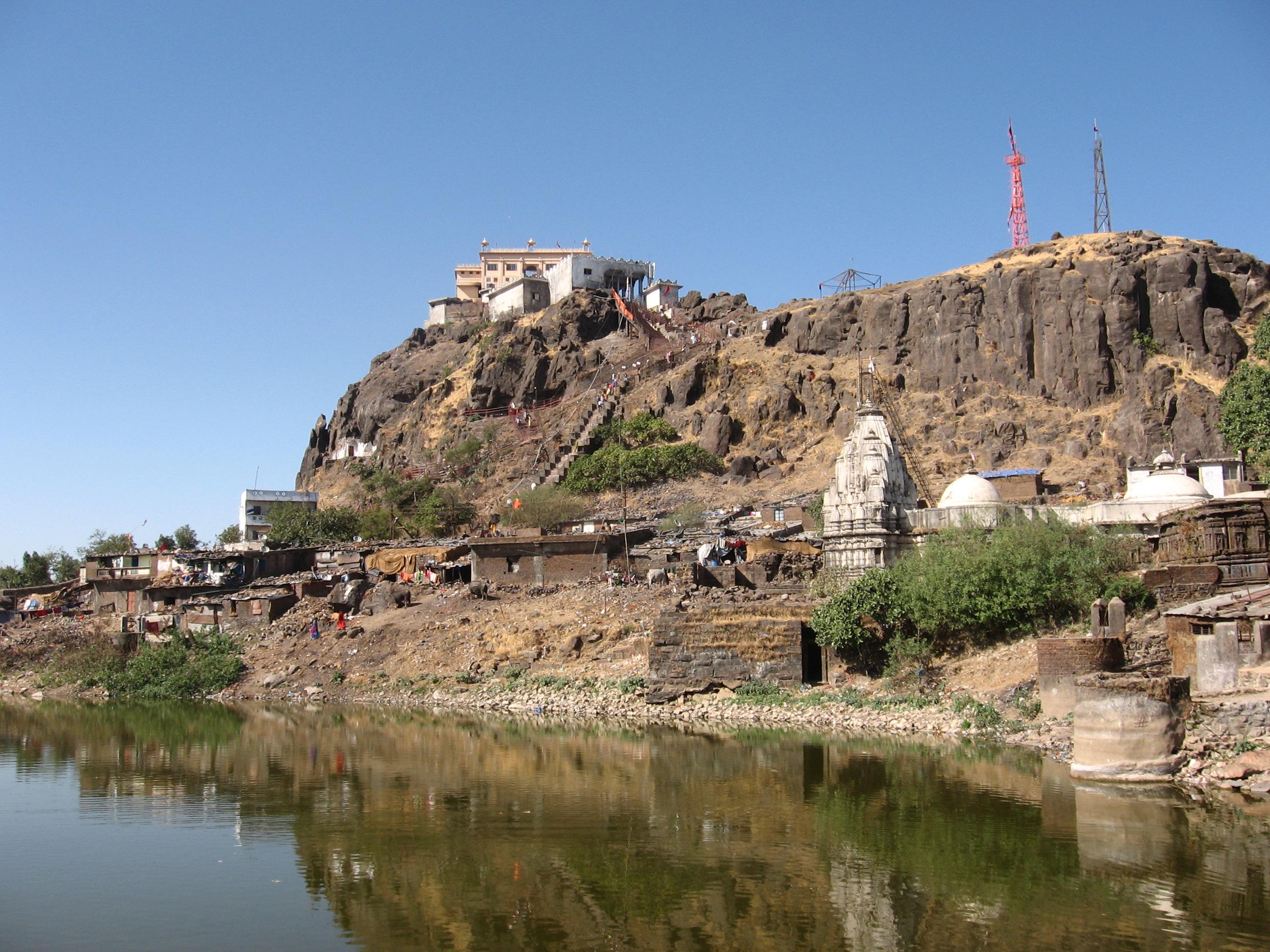 PunjabKesari, Punjab Kesari, Dharam, Jhabua, झाबुआ की स्वयंभू माता मंदिर, Swayambhu Mata Temple of Jhabua, अंचल छोटी पावागढ़, Anchal Chhoti Pavagadh, Dharmik Sthal, Religious Place in india