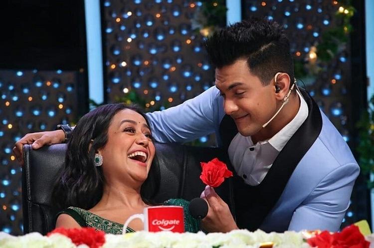 Bollywood Tadka,neha kakkar image, neha kakkar photo, neha kakkar pictures, aditya narayan image, aditya narayan photo, aditya narayan pictures