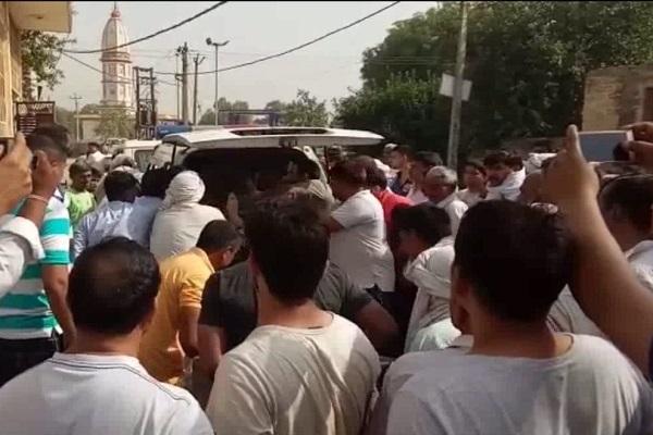 PunjabKesari, family, Kill, suicide, Shooting, Wife, Daughter