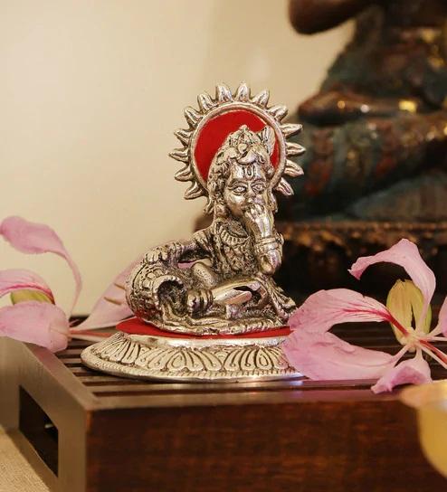 PunjabKesari,laddu gopal image ,लड्डू गोपाल की मूर्ति इमेज
