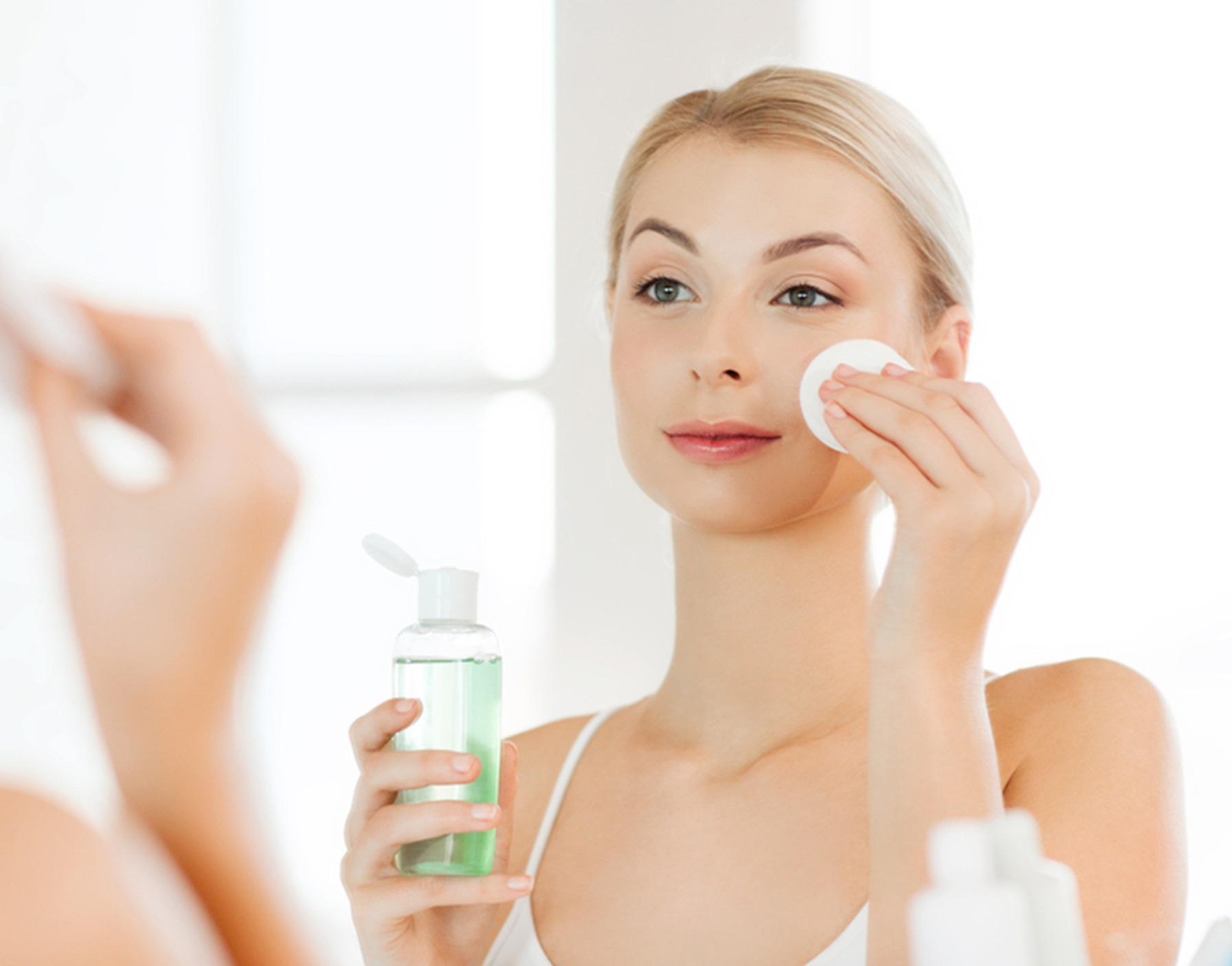 PunjabKesari, Skin Tightening Image, Beauty Secrets Image, जवां दिखने के लिए टिप्स इमेज, एस्ट्रिजेंट इमेज