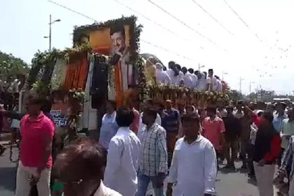 PunjabKesari भय्यूजी महाराज