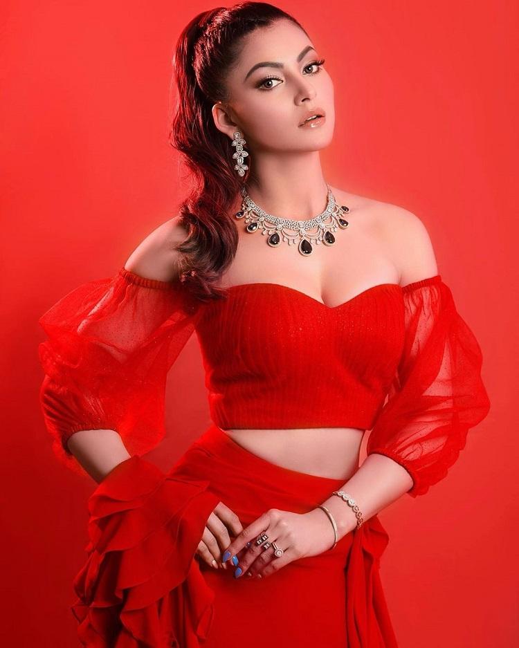 Bollywood Tadka,urvashi rautela image, urvashi rautela photo, urvashi rautela pictures,