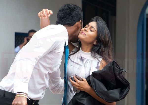 Thisara perera got surprised by Glamorous wife Sherami perera