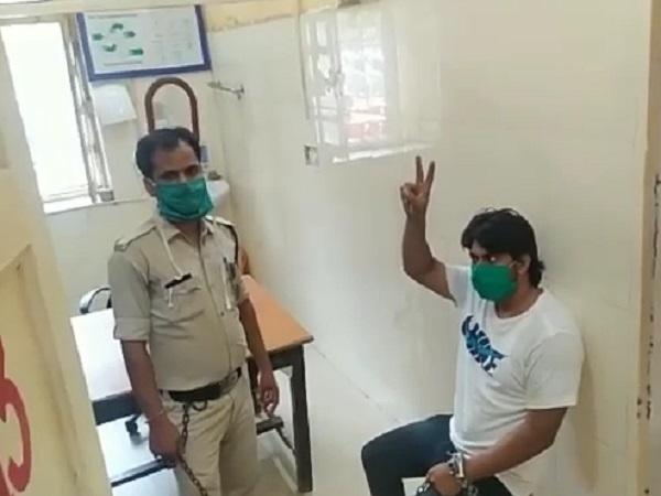 PunjabKesari, Hindu girl, Muslim youth, rape of girl, Satna, Love Jihad, accused arrested, Sikander Khan, crime