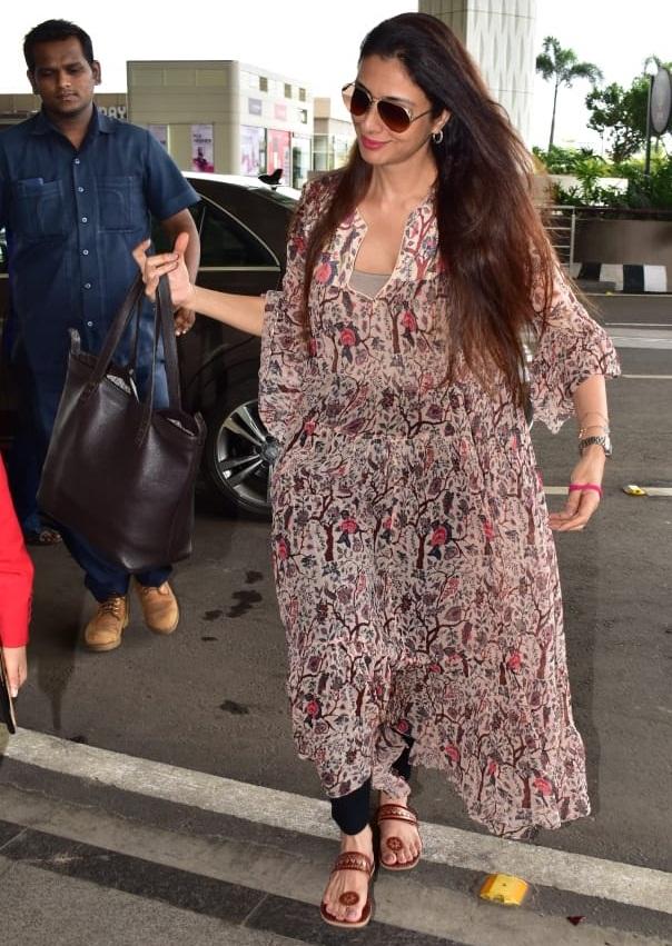 Bollywood Tadka, तब्बू इमेज, तब्बू फोटो, तब्बू पिक्चर