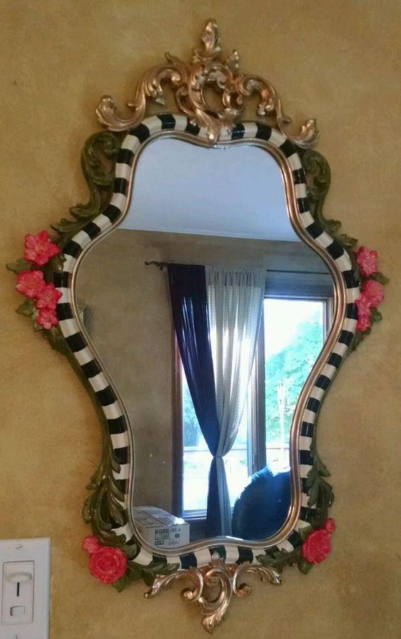 PunjabKesari, Mirror decoration