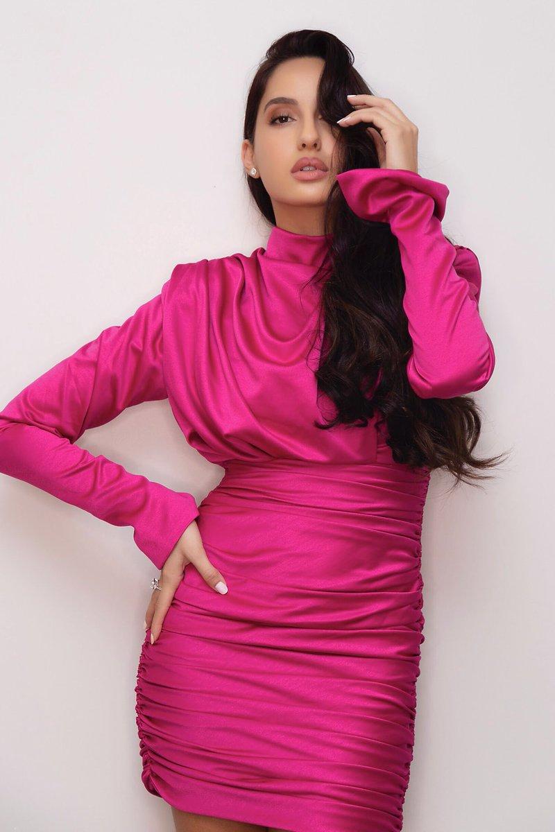 Bollywood Tadka, नोरा फतेही इमेज, नोरा फतेही फोटो, नोरा फतेही पिक्चर वॉलपेपर